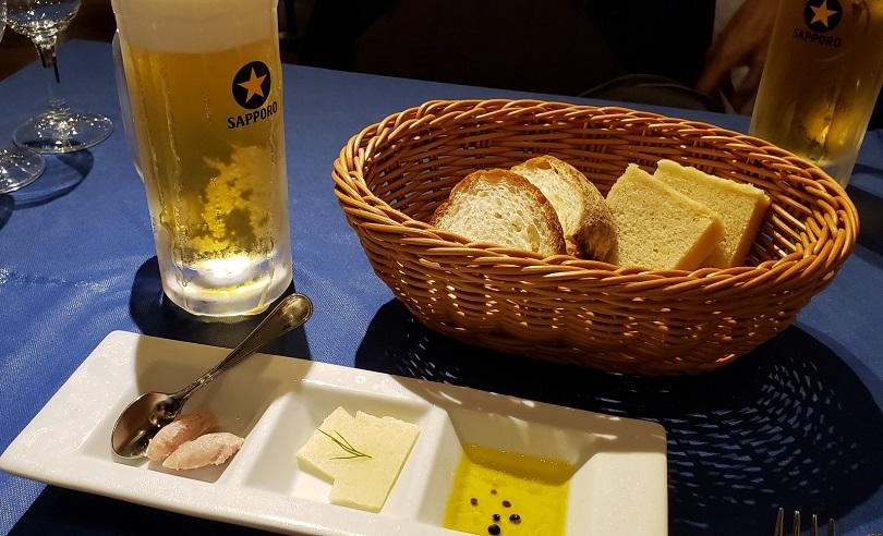 ビールとパン
