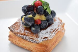 Boulangerie Queueのブルーベリーデニッシュ