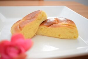 Boulangerie Queueのクリームパン
